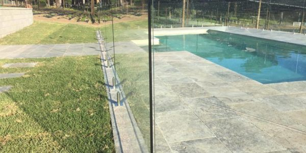 frameless-glass-fencing